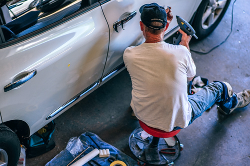 Eight Car repairs you should not do yourself!